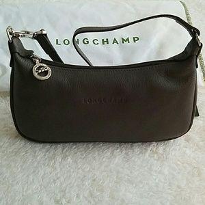 4f0abee2c08a Longchamp Bags - NEW Longchamp Le Foulonne Leather Purse